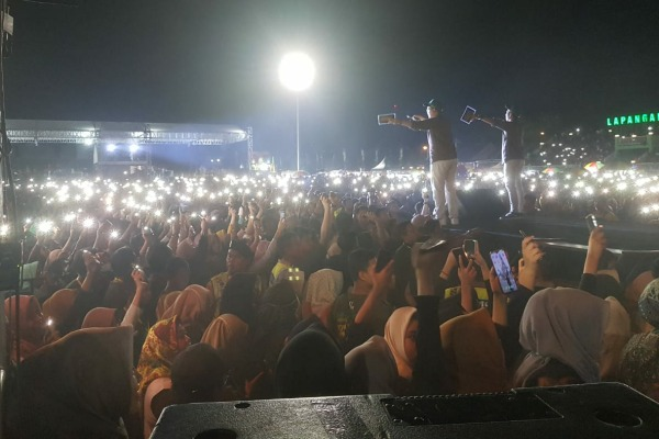Konser di lapangan Kridosono, Blora Kota, Minggu (23/02) malam