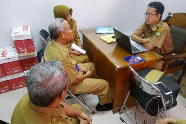 Audiensi DPD AGPAII Blora di kantor Dinas Pendidikan setempat