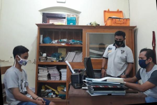 MAS (23) warga Kelurahan Margorejo Rt 03 Rw 01 Kecamatan Dawe, Kudus.
