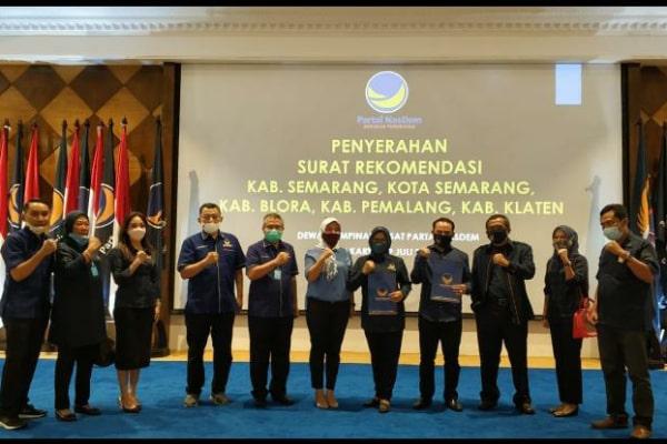 menerima surat rekomendasi di Akademi Bela Negara (ABN) Partai Nasdem Jakarta. Rabu (29/07).