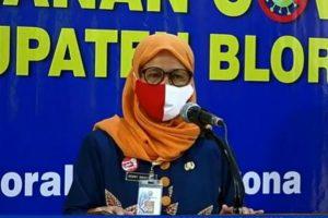 Asisten Administrasi Umum, Henny Indriyanti mewakili Sekretaris Daerah selaku Sekretaris GTPP Covid-19.