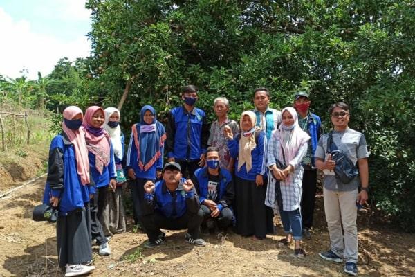 dikunjungi Kelompok Mahasiswa KKN-DR Kecamatan Jiken 1 STAI Al Muhammad Cepu, rabu (19/08).