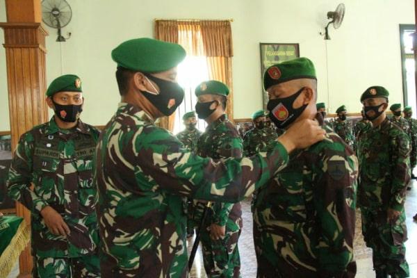 Dandim 0721/Blora Letkol Inf Ali Mahmudi memimpin langsung upacara korps raport kenaikan pangkat periode 1 Oktober 2020.