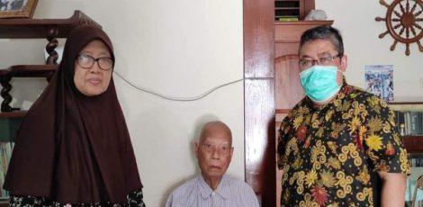 Sutopo (tengah) Sumber : Suara Muhammadiyah