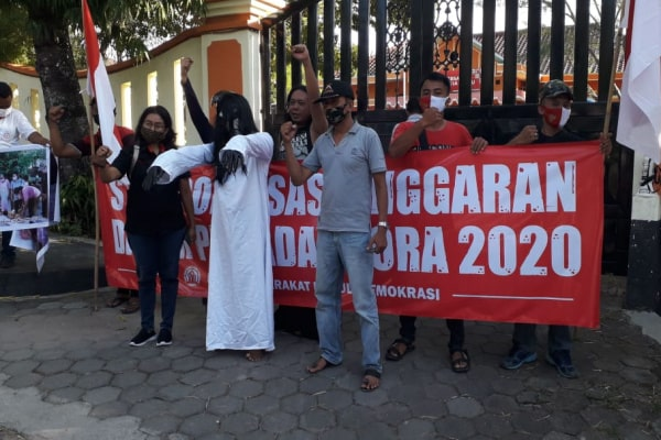 Sejumlah aktivis melapor ke Bawaslu