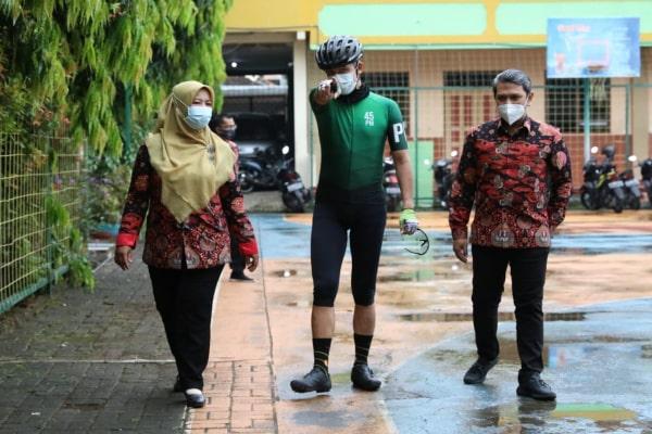 GANJAR SIDAK SAMBIL GOWES DI SMK HIDAYAH BANYUMANIK