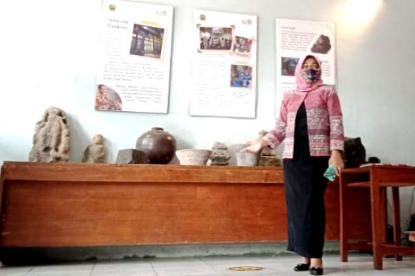 AINIA SHALICHAH BARU TAHU KEBERADAAN RUMAH ARTEFAK