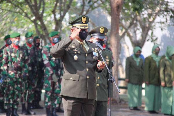 BERZIARAH JADI GELARAN KODIM 0721 BLORA DI HUT TNI KE - 76